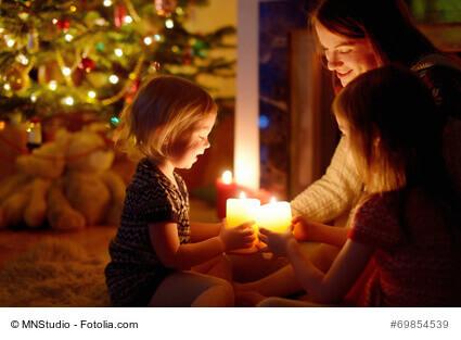 Frohe Weihnachten Slowenisch.Frohe Und Besinnliche Weihnachten 2017 Wunscht Die